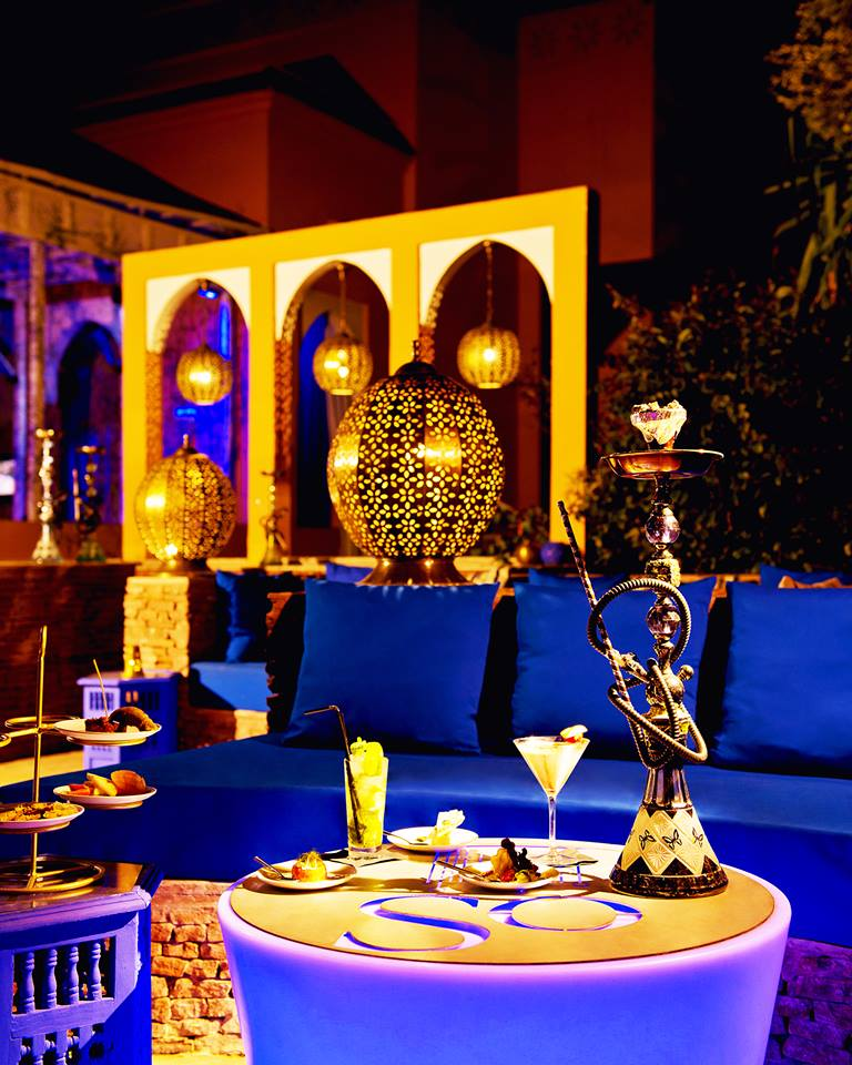 beautiful sky lounge marrakech with decoration interieur chicha. Black Bedroom Furniture Sets. Home Design Ideas