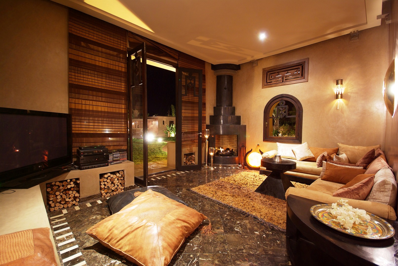 villa r ve d 39 orient superbe villa louer marrakech viaprestige marrakech. Black Bedroom Furniture Sets. Home Design Ideas