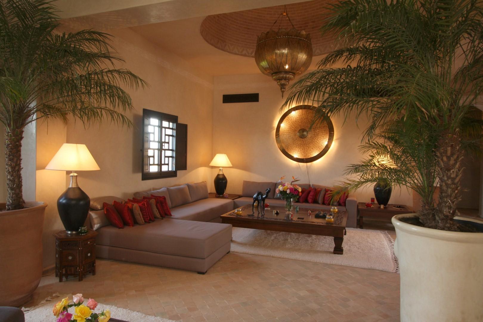 Villa marrakech douceur d 39 orient le r ve - Salon marocain avec dossier ...