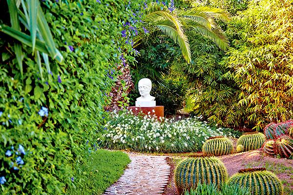 Jardin anima le paradis d 39 un artiste for Jardin marrakech