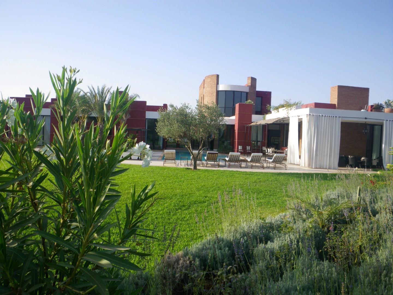 Location villa marrakech villa design for Villa marrakech piscine
