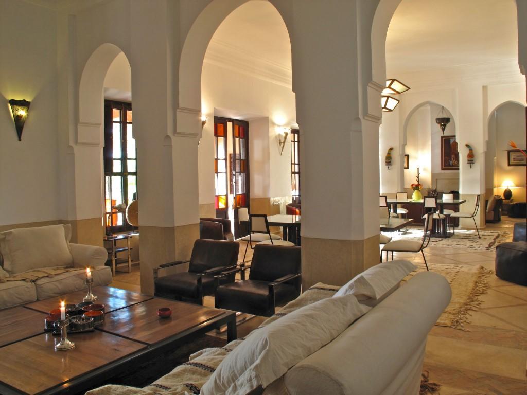 Location villa marrakech 15 villas louer pour des for Salon zen casablanca