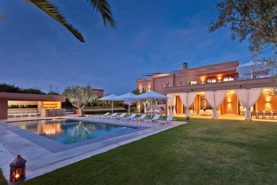 location-villa-marrakech-villa-the-only-one-c03 slider
