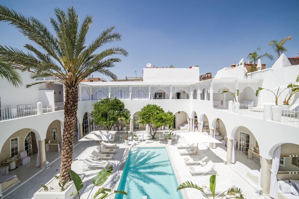 Riad palais blanc marrakech note booking et tripadvisor for Construction piscine marrakech