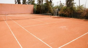 Tennis marrakech for Terrain de tennis taille