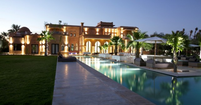 Villa marrakech avec piscine priv e 25 villas louer en for Piscine privee marrakech