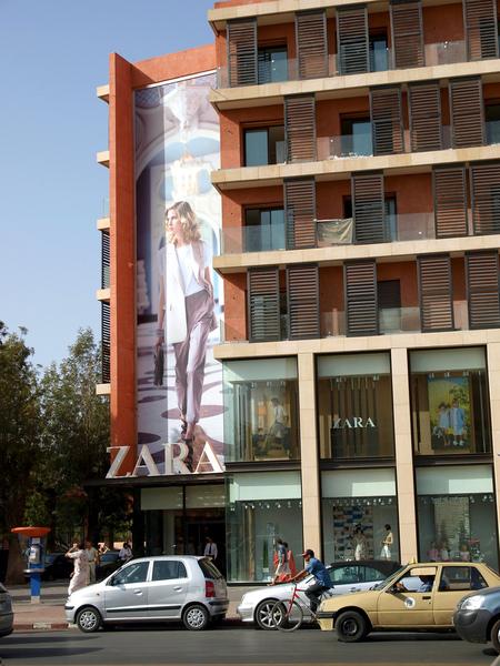 zara marrakech horaires adresse avis pour ce magasin top design au marocviaprestige marrakech. Black Bedroom Furniture Sets. Home Design Ideas